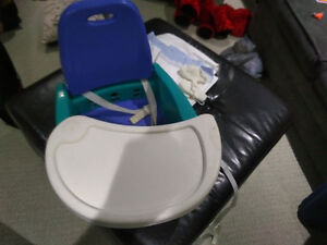 Booster seat / rocking chair