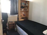 Great Flat Share Canning Town Tube Station 4 minutes Walk