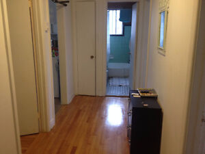 Large 41/2 renovated apartment for rent in Chomedey laval - MAY