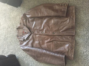 Men's brown Danier leather jacket