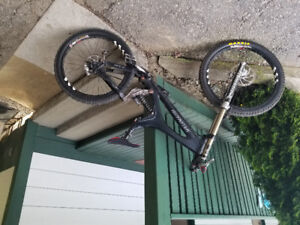 Specialized, full suspension downhill mountain bike