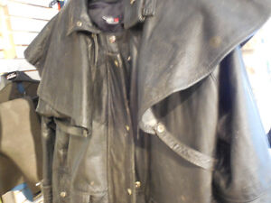 "Leather ""mantracker style"" coat @recycledgear.ca Kawartha Lakes Peterborough Area image 2"