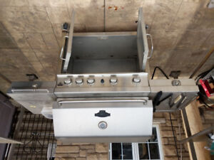 Charbroil Char-Broil Stainless Steel 4-Burner Barbecue with Cabi