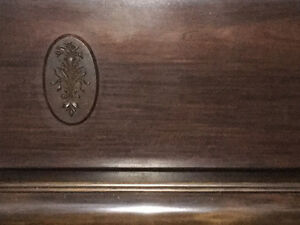 Antique piano in great working condition