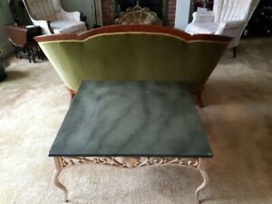 A STEAL!  ONLY $40!  COFFEE TABLE
