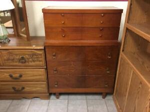 Chest style dresser