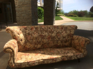 1 sofa and chair for sale like brand new $150 only