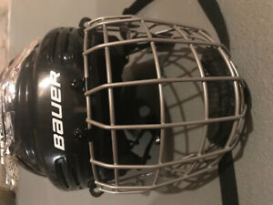 Bauer 2100 youth helmet with face mask, size small. Brand new.