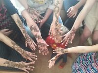 Host HENNA TATTOO & EYEBROWS THREADING Parties at your palce