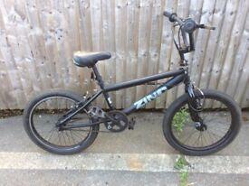 Zinc Matt black BMX with 360° bars