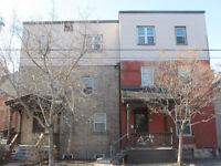 Appartement 2 chambres, eau et chauffage inclus, près U Ottawa
