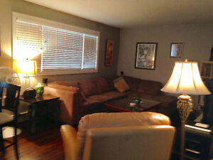1 BEDROOM CONDO FOR RENT IN DESIRABLE CATHEDRAL AREA
