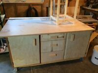 Mobile Workshop assembly table and outfeed
