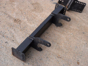 BOSS PLOW MOUNTING FRAME KIT --OFF-  2010 FORD F250
