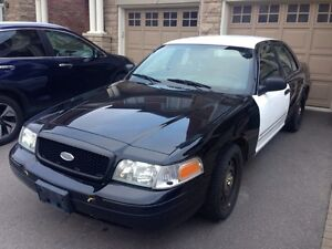 2010 FORD CROWN VICTORIA EX-POLICE