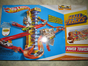 Hot Wheels Power Tower