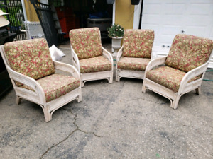 4 very comfortable patio chairs