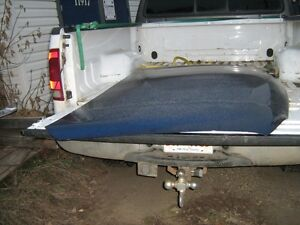 1999-2007 GMC Sierra hood in good shape blue in color