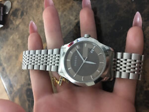Almost brand new Gucci watch