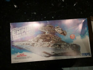 Model kit Star Destroyer The empire strikes back