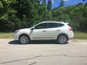 PRICE DROP!!!! 2013 Nissan Rogue SL fully loaded SUV, Crossover