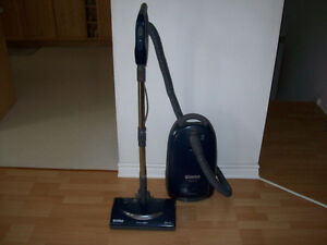 KENMORE  ( ELEGANCE )  VACUUM  -- WITH HEPA FILTER