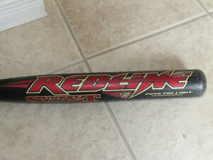 EASTON RED-LINE SOFTBALL BAT,...30 OZ.