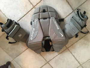 Jr Large Bauer Vapor Goalie Chest Protector
