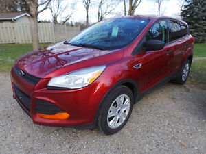 2014 FORD ESCAPE S, 2.5L 4 CYL, ONE OWNER, ACCIDENT FREE