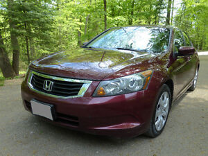 2009 Honda Accord EX-L Sdn + winter tires/rims - w/ Safety Cert.