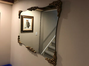Moving and this awesome mirror has to go!