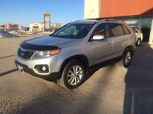 2011 Kia Sorento EX V6 - AWD - Safetied -new tires - LOADED