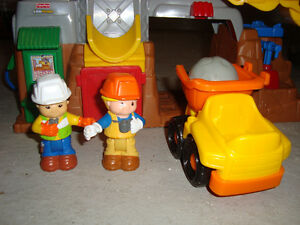 Fisher price little people, construction demande 5$