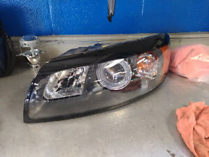 Volvo c30 LH halogen headlight.