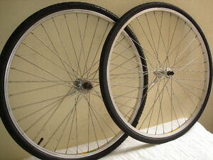 700c SINGLE SPEED FREEWHEEL WHEELSET.