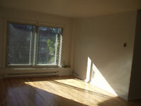 Big 3 1/2 on 2nd floor with balcony not heated  Oct