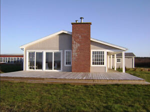 Furnished Beach House with a view and privacy in Port Maitland N