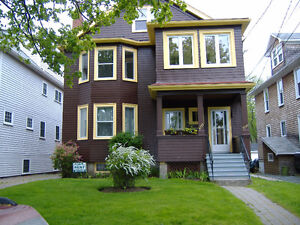 South End Halifax - 2 Bedroom, Parking, Backyard, Fireplace