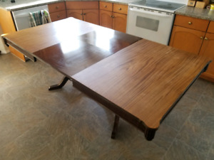 Beautiful, antique 100 year old dinning room table