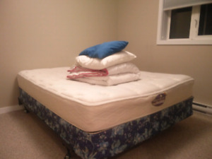 Queen mattress with Boxspring and metal frame
