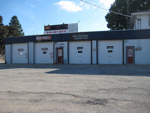 Commercial Property/ 3600sq.ft. shop for Lease  $2400/mth