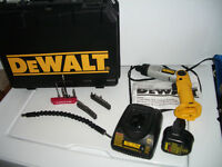 "Drill """" DeWalt """" electric --- SET --- in excellent condition"