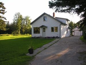 Ardrossan ACREAGE for Rent   15MIN. East of 50ST  on Yellowhead