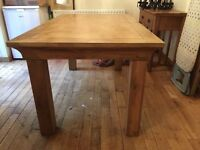 Mango wood extending dinning table