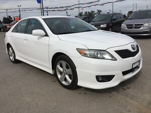 2011 TOYOTA CAMRY SE * POWER GROUP * EXTRA CLEAN London Ontario image 8