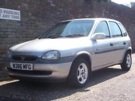 Vauxhall/Opel Corsa 1.2i 16v Club 2000(W) 5 Door Hatchback