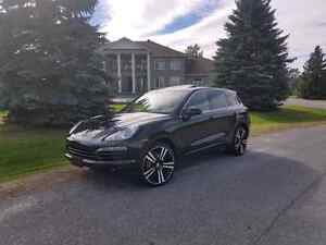 Porsche Cayenne SUV AWD *Very Clean*