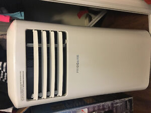 Fridgidaire portable air conditioner.