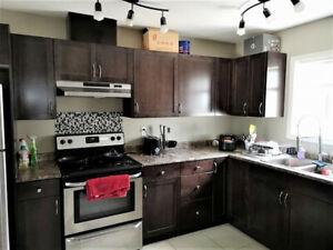 NEW Furnished 5 BED, 3.5 BATH Near Coliseum LRT for rent $1500