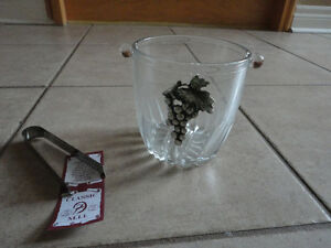Italian crystal glass ice bucket with tongs Brand new in box London Ontario image 6